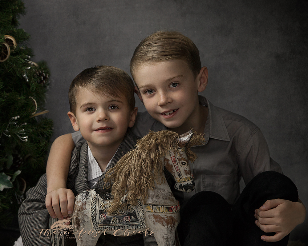 fine art child photographer High Wycombe portraits siblings