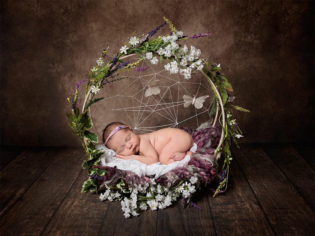 tushy up newborn baby girl photo session High Wycombe The angel Cheeks